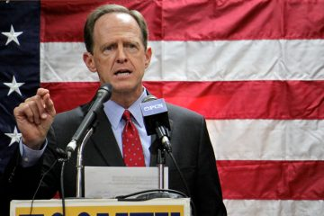 Republican U.S. Sen. Pat Toomey says he's a pragmatic conservative. (Emma Lee/WHYY