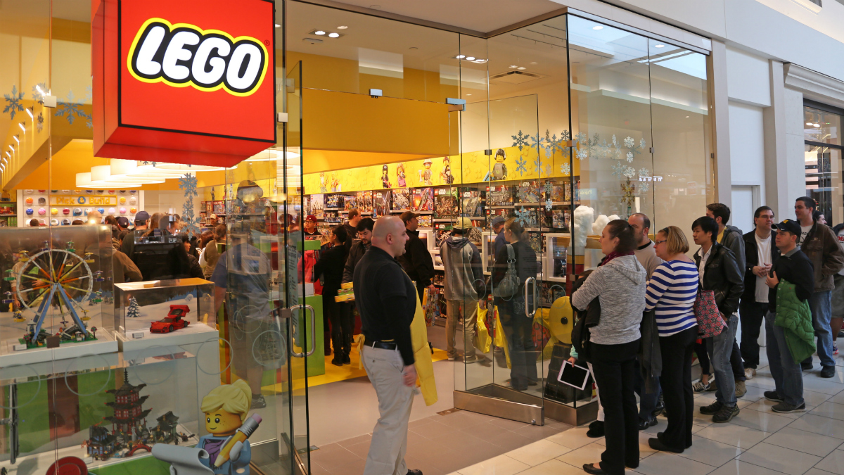 LEGO Store opens in the Cherry Hill Mall [photos] : WHYY