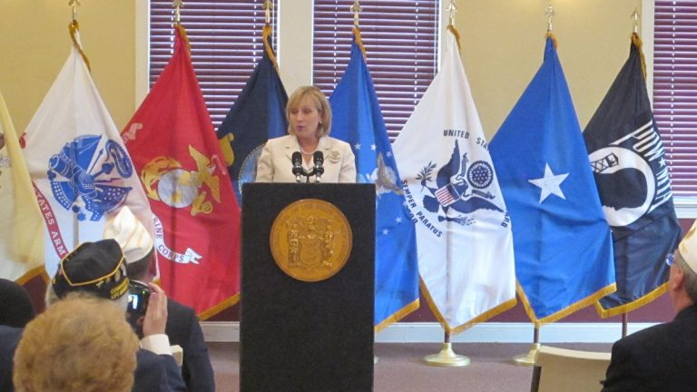 New Jersey Lt. Gov. Kim Guadagno discusses the task force report at the American Legion Post in Barnegat. (Phil Gregory/WHYY)