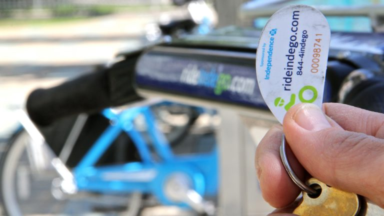 An IndegoFlex key fob — the kind that can't be upgraded to Indego30 monthly plan.(Emma Lee/WHYY)