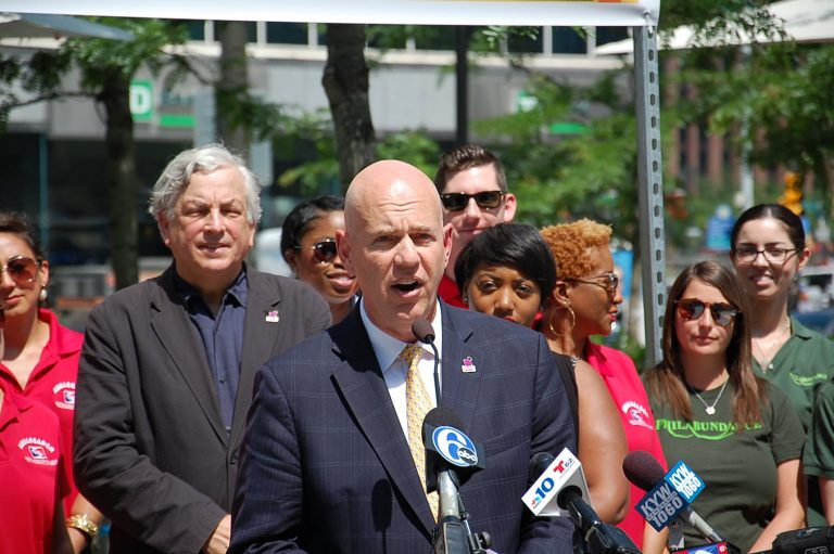 SEPTA general manager Jeff Knueppel announces that the transit agency will not raise its fare this year. (Tom MacDonald/WHYY)