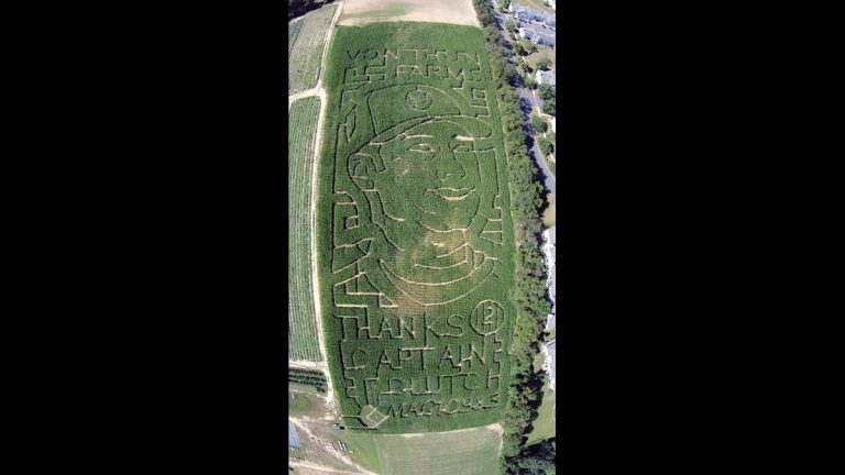 This Sept. 10, 2014, aerial drone photo provided by Seasoned Media depicts a corn maize honoring New York Yankees' Derek Jeter at a South Brunswick, N.J., farm. The VonThun Farm in central New Jersey, about 55 miles south of Yankee Stadium, carved a likeness of the Yankees captain and a thank you message to him into its five-acre corn maze. (Seasoned Media/AP Photo)