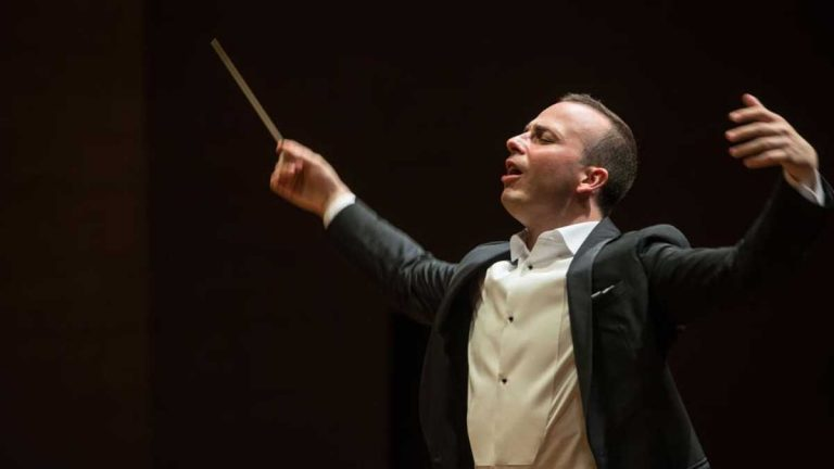 Yannick Nézet-Séguin leads the Philadelphia Orchestra (Jan Regan, Philadelphia Orchestra)