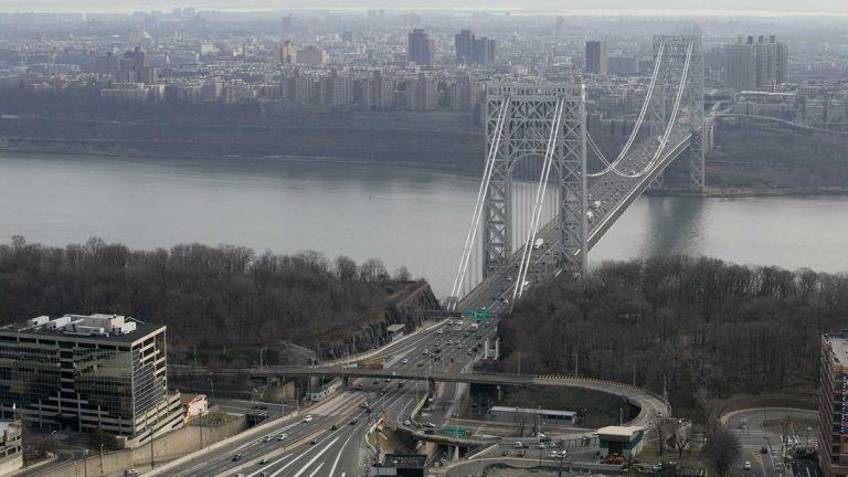 The George Washington Bridge in this aerial photo of Sunday, Dec. 1, 2013 above Fort Lee, N.J. (AP Photo/Mark Lennihan)