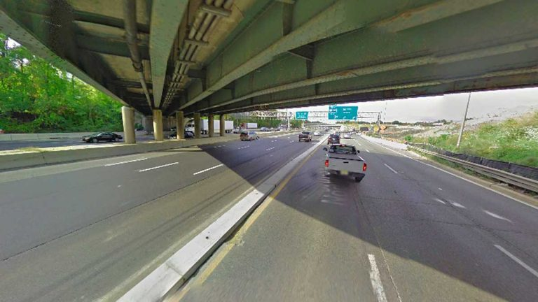 (Google Street View of a highway in South Jersey)