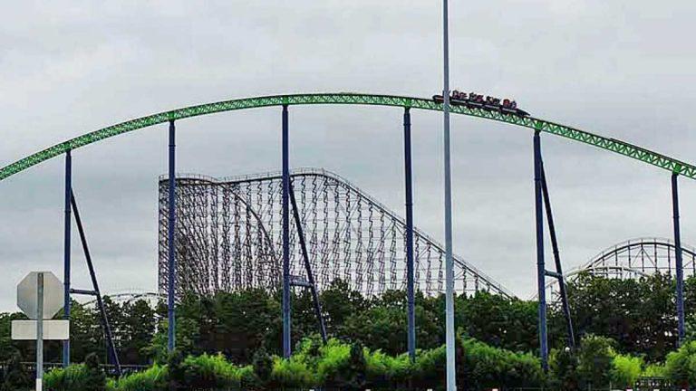 Six Flags Amusement Park in Jackson, N.J. (Alan Tu/WHYY)