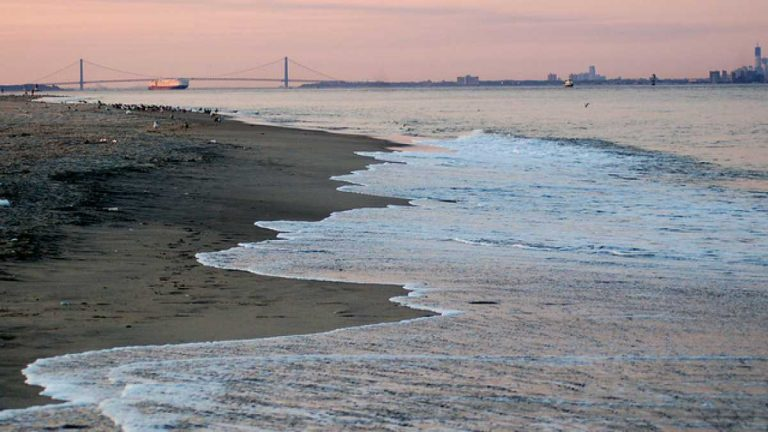 Sandy Hook's Gunnison Beach. (Photo: 3twenty6 via Flickr Creative Commons)