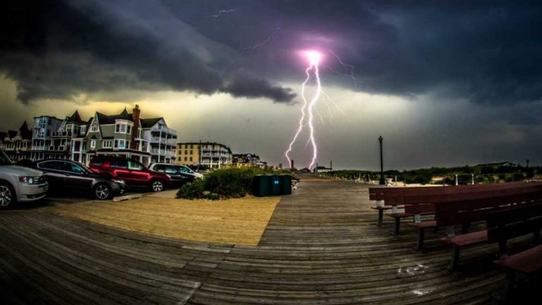 A July 2013 thunderstorm over Ocean Grove