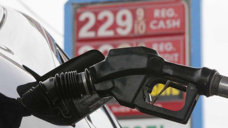 Gas is pumped into a car at the Eastcoast filling station last week in Pennsauken, New Jersey. (Matt Rourke/AP Photo)