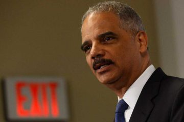 U.S. Attorney General Eric Holder will visit Philadelphia Thursday to speak to an invitation-only group including Mayor Michael Nutter and Police Commissioner Charles Ramsey. (AP photo)