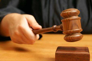 (<a href='https://www.shutterstock.com/image-photo/professional-judge-declares-legal-proceeding-final-210960517?src=n54fmitn4-0uei3N7kK2jA-1-14'>Shutter Stock</a>)