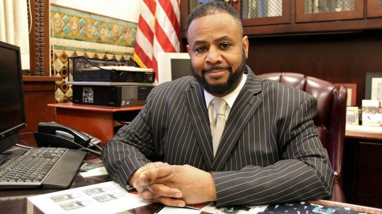 Philadelphia City Councilman Curtis Jones introduced a nonbinding resolution Thursday to add two Muslim holidays to the city and school district calendars. (NewsWorks file photo)
