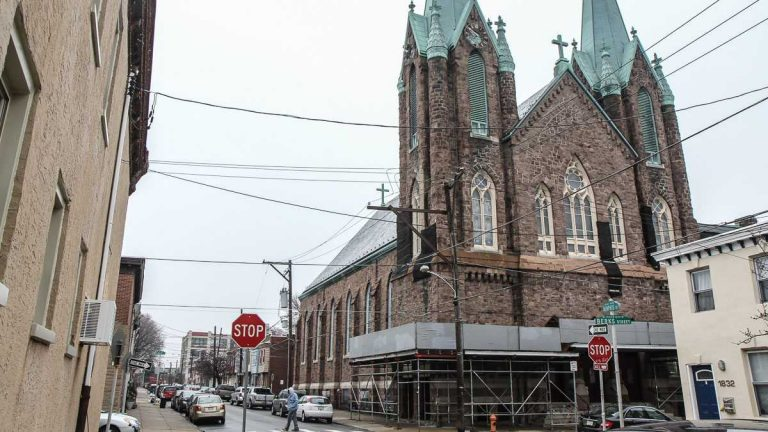 A developer proposes  preserving the St. Laurentius structure and renovating it into apartments