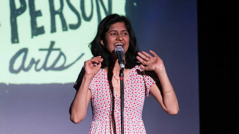 Nimisha Ladva at a Story Slam in April 2013. (Jen Cleary/for First Person Arts)