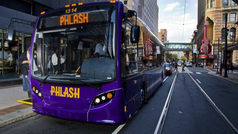 The Phlash bus makes stops at 20 Philadelphia attractions. (Tom MacDonald/WHYY)