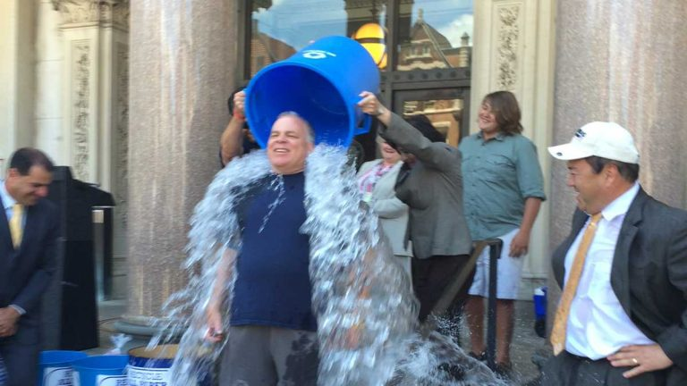 New Jersey Senate President Steve Sweeney is dressed appropriately for the ice bucket challenge to benefit ALS research. The dousing took place Monday on the steps of the Statehouse in Trenton. (Phil Gregory/ WHYY)