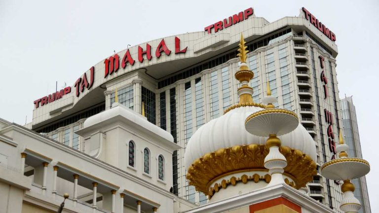 Trump Taj Mahal in Atlantic City. (Emma Lee/WHYY)