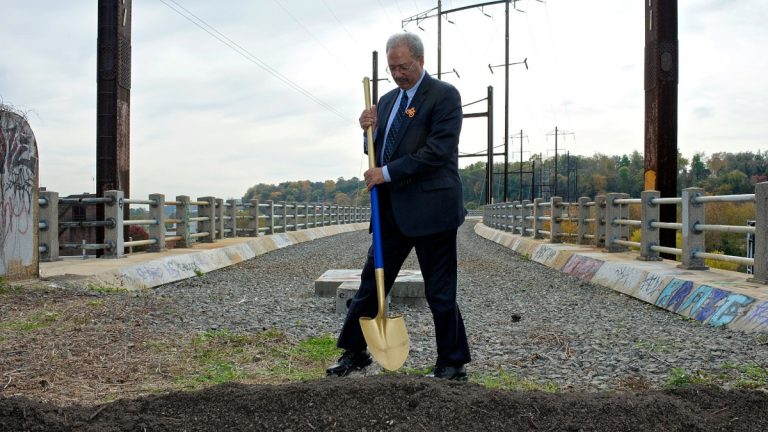 Chaka Fattah breaks ground on a bike path connecting Manayunk and Lower Merion Township on Oct. 28