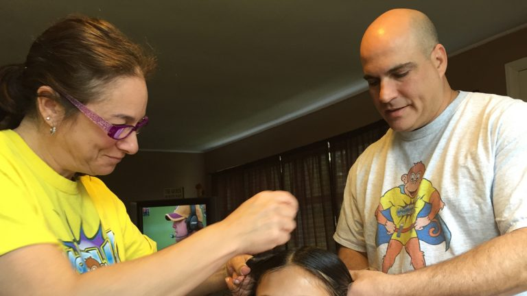Ilene and Ed Steinberg treat lice cases throughout the Philadelphia region. (Maiken Scott/WHYY)