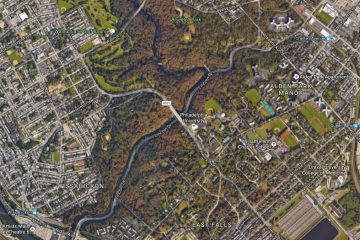 Lincoln Drive snakes along the Wissahickon Creek in Northwest Philadelphia. (Google Maps)