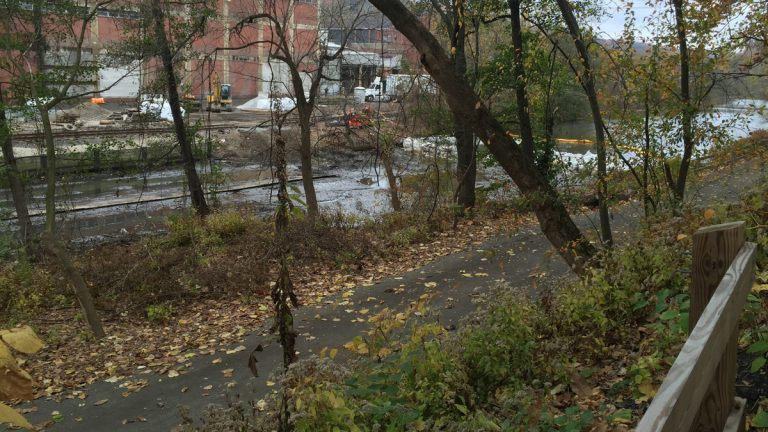 The path along the Manayunk Canal haas seen several improvements in the last couple of years. (William R. Tschanz)