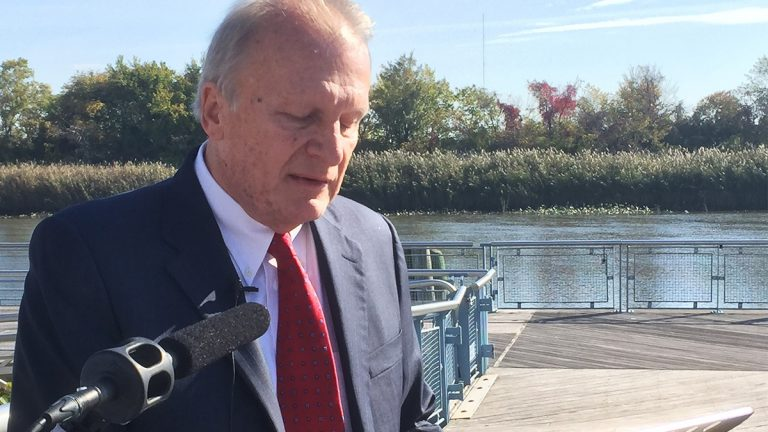 Delaware Senator Robert Marshall announces his bid for Wilmington Mayor. (Zoe Read/WHYY)