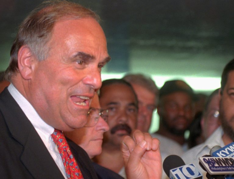 Then-Philadelphia-Mayor Ed Rendell speaks to reporters at the conclusion of the SEPTA strike in 1998. (AP Photo/Rusty Kennedy)