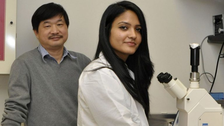 Monell molecular biologists Liquan Huang and Meera Vinjamuri (Photo courtesy of the Monell Center)