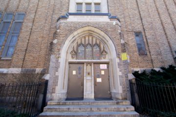 Meredith Elementary School, located on 5th and Fitzwater streets in Philadelphia. (Emma Lee/WHYY, file)