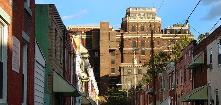 Mt. Sinai Hospital (Photo via PlanPhilly.com)