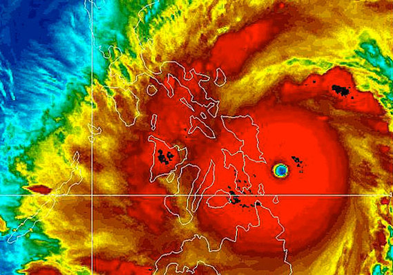 Typhoon Haiyan approaches the islands of the central Philippines on November 7. (Image: NOAA)