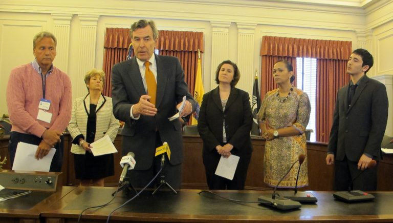 Advocates call for N.J. tax increases in the new budget to help meet the needs of the middle class. (Phil Gregory/for NewsWorks)
