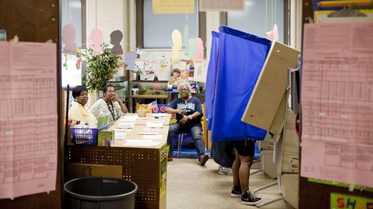 Voting at the GW Childs Elementary polling place in South Philadelphia on Primary Election Day 2015. (Brad Larrison/for NewsWorks)