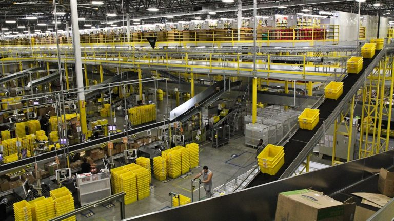 Amazon's fulfillment center in Delaware is about the size of 28 football fields. (Kimberly Paynter/WHYY)