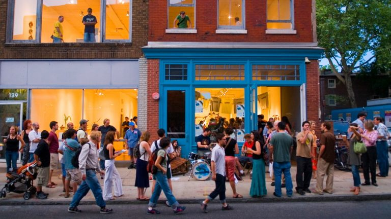 Old City is celebrating 25 years of First Fridays.(B. Krist for VISIT PHILADELPHIA®)