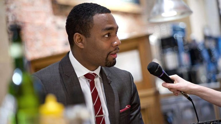 Doug Oliver, Mayor Michael Nutter's former spokesman, is one of six Democratic candidates for mayor running in the May primary. (Bas Slabbers/for NewsWorks)