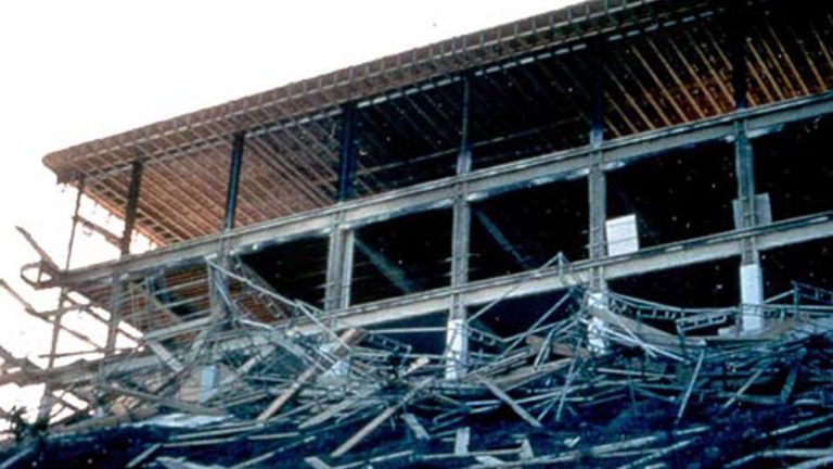 When scaffold frames are interconnected, failure of one frame can cause the whole system to collapse. (Image courtesy of OSHA)