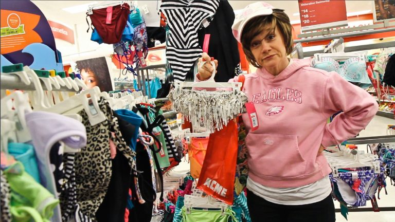 Patsy explains the 'dos and don'ts' of spending vacation time at the Jersey Shore. (Kimberly Paynter/WHYY)