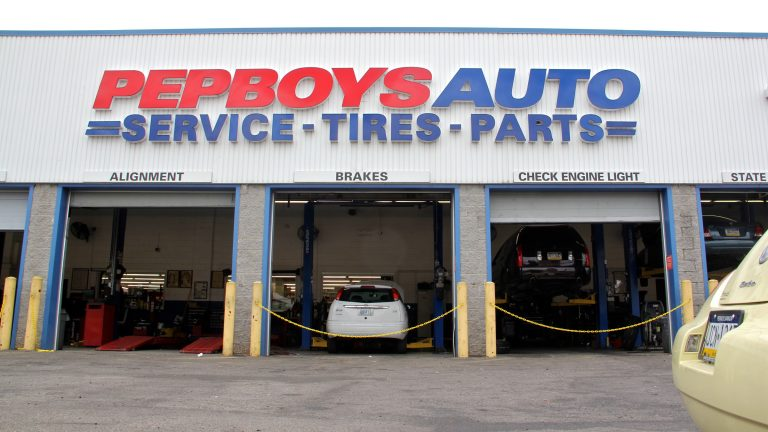 The Pep Boys auto parts and repair shop on North Broad Street in Philadelphia. (Emma Lee/WHYY)