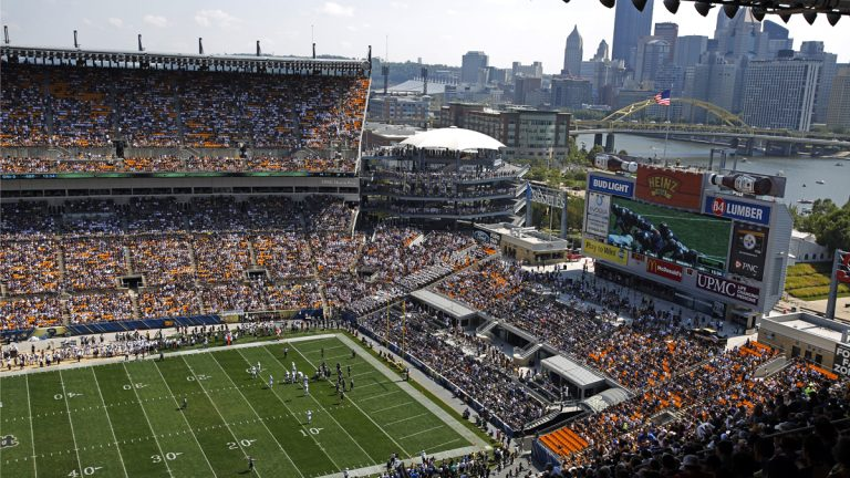 University of Pittsburgh play Penn State at Heinz Field during the first half of an NCAA college football game in Pittsburgh. (AP Photo/Gene J. Puskar)