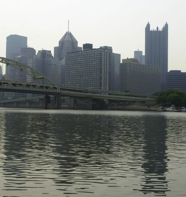 The skyline of Pittsburgh in 2003