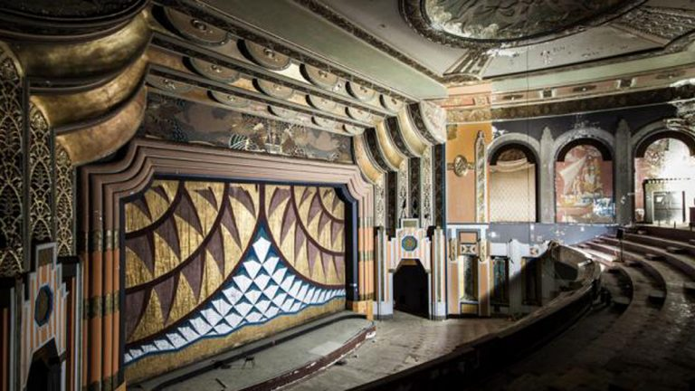 The interior of Boyd Theater (Image via Plan Philly/Jeremy Marshall)