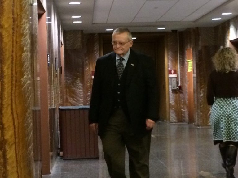 Former Harrisburg Mayor Stephen Reed walks into court in Dauphin County Monday. Reed