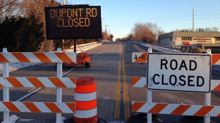 DelDOT closed this portion of DuPont Rd. in Elsmere after a large hole was discovered. (John Jankowksi/for NewsWorks)