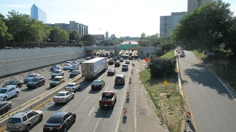 Vine Street Expressway  (Ashley Hahn/Plan Philly)