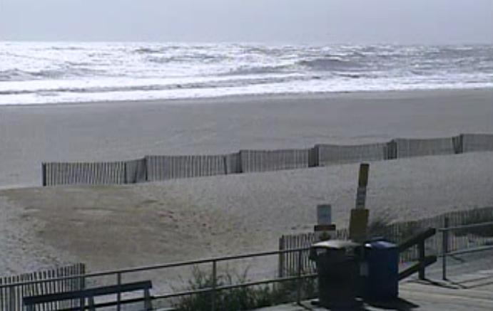 Around 1:20 p.m. Sunday in Ocean City, NJ. (Image: TheSurfersView.com)