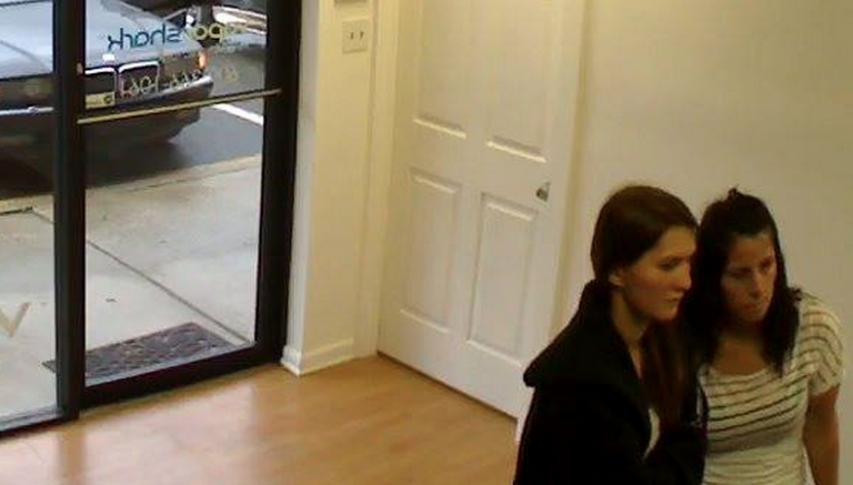 Police are seeking to identify these women. (Photo: Barnegat Police Department)