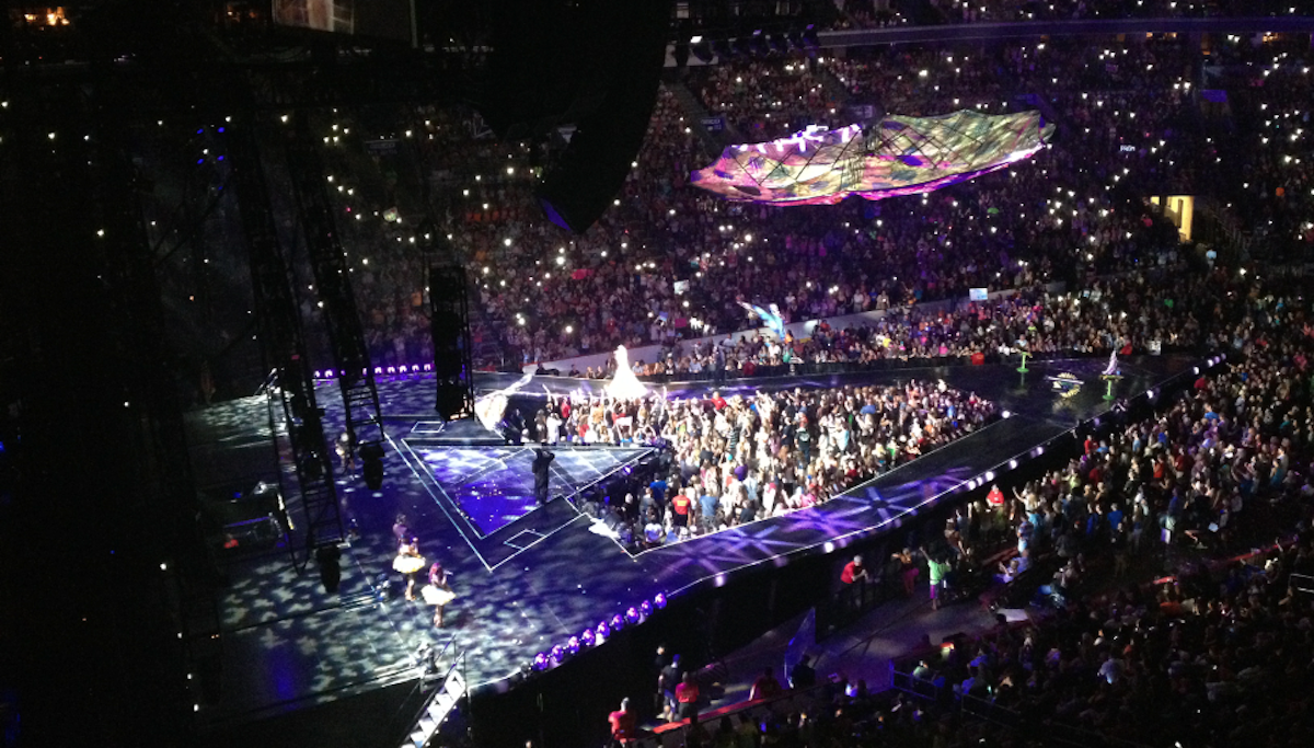 5 things parents should know about Katy Perry's 'Prismatic' concert : Philly Parenting : WHYY