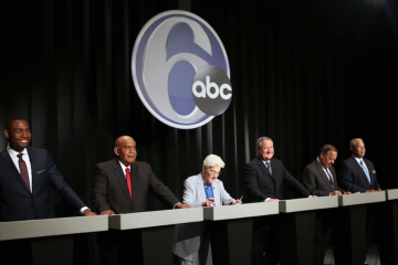The six Democratic candidates of mayor of Philadelphia were all smiles as Tuesday night's debate. (Stephanie Aaronson/via The Next Mayor partnership)