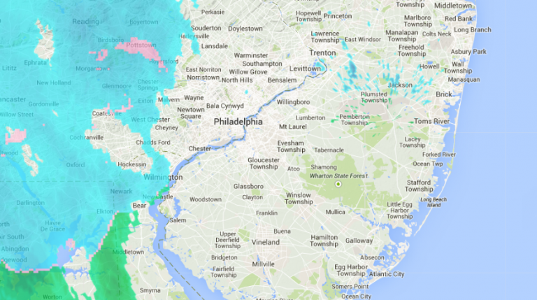 Radar at 4:30 p.m., indicating snow to the west of Philadelphia that will pass through the Jersey Shore this evening. (Image: Weather Underground)